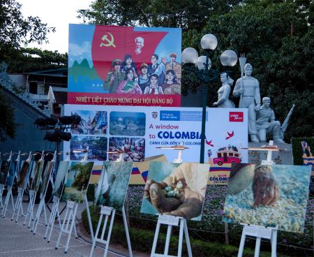 """Khai mạc Triển lãm ảnh Colombia: """"Cánh cửa đến với Colombia – Vành đai đen"""" tại Hà Nội"""