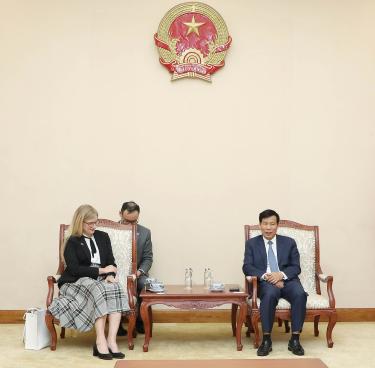Bộ trưởng Nguyễn Ngọc Thiện tiếp Đại sứ Thụy Điển tại Việt Nam
