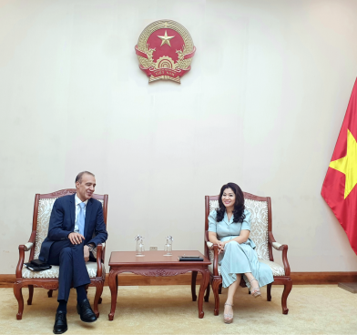 Cục trưởng Cục Hợp tác quốc tế làm việc với Đại sứ Ma-rốc tại Việt Nam