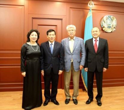 Bộ trưởng Nguyễn Ngọc Thiện thăm và làm việc tại Kazakhstan