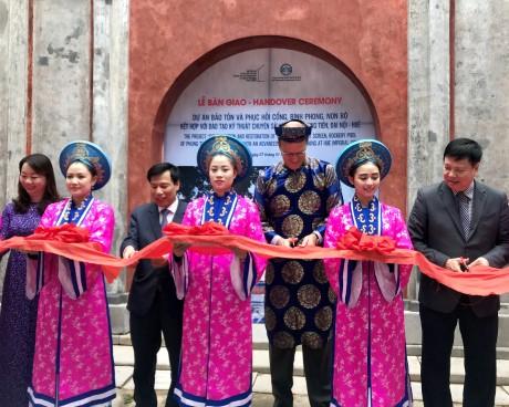 Bộ trưởng Bộ VHTTDL Nguyễn Ngọc Thiện tham dự Lễ Bàn giao kết quả dự án bảo tồn và phục hồi Điện Phụng Tiên, Đại nội Huế
