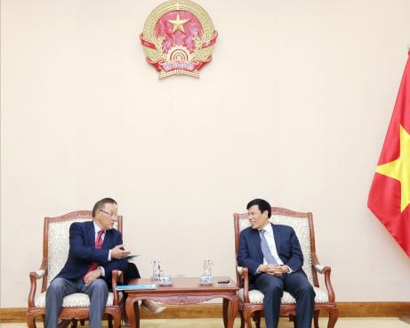Bộ trưởng Nguyễn Ngọc Thiện tiếp Đại sứ Kazakhstan tại Việt Nam