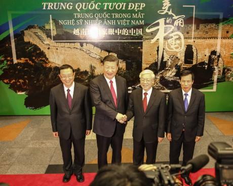 """Triển lãm ảnh """"Trung Quốc trong mắt nghệ sỹ nhiếp ảnh Việt Nam – Trung Quốc tươi đẹp"""""""