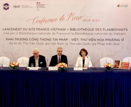 Thứ trưởng Trịnh Thị Thủy tham dự buổi họp báo ra mắt Cổng thông tin  Pháp-Việt, Thư viện số Hoa phượng vỹ