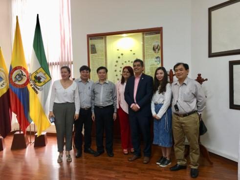 Việt Nam tham dự Chương trình trao đổi kinh nghiệm và kiến thức liên quan đến quảng bá cảnh quan, văn hóa vùng trồng cà phê tại Colombia