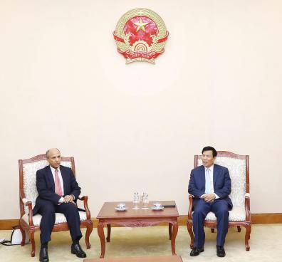 Bộ trưởng Nguyễn Ngọc Thiện tiếp Đại sứ Ả-rập Xê-út đến chào xã giao