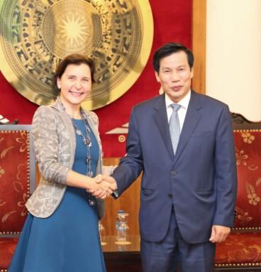 Bộ trưởng Nguyễn Ngọc Thiện tiếp Bà Cecilia Piccioni - Đại sứ Italia tại Việt Nam đến chào từ biệt nhân dịp kết thúc nhiệm kỳ tại Việt Nam