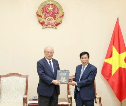 Bộ trưởng Nguyễn Ngọc Thiện tiếp ông Takebe Tsutomu, Cố vấn đặc biệt Liên minh Nghị sĩ hữu nghị Nhật – Việt
