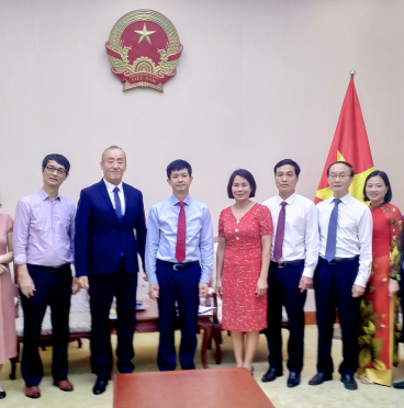 Thứ trưởng Lê Quang Tùng tiếp ông Park Kidong-Trưởng Đại diện Văn phòng Tổ chức Y tế Thế giới tại Việt Nam