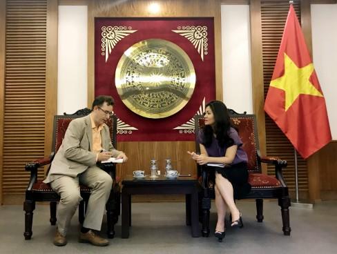 Tích cực chuẩn bị tổ chức Tuần Văn hóa và Du lịch Việt Nam tại Pháp