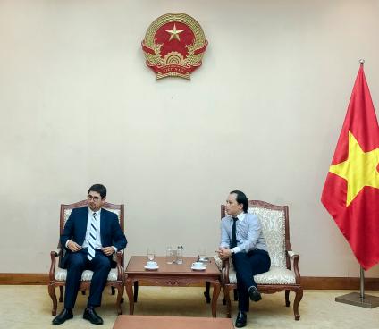 Phó Cục trưởng Cục Hợp tác quốc tế tiếp Phó Đại sứ Chile tại Việt Nam