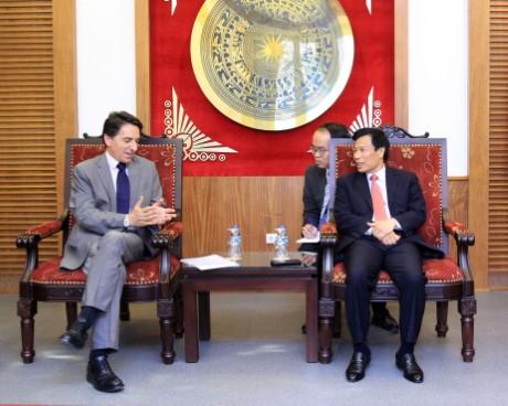 Bộ trưởng Nguyễn Ngọc Thiện tiếp và làm việc với Đại sứ Hy Lạp và Đại sứ Hà Lan