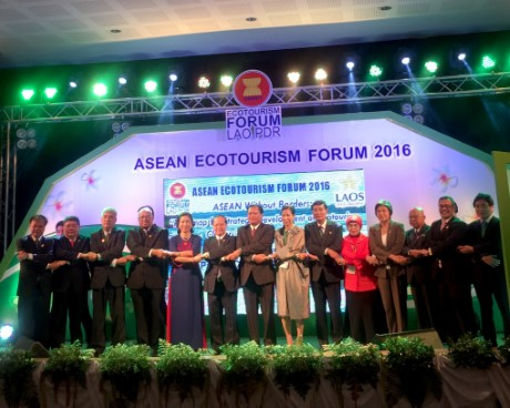 ASEAN ROUNDTABLE MINISTERIAL MEETING ON ECOTOURISM DEVELOPMENT
