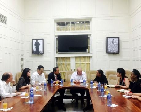 Thứ trưởng Lê Khánh Hải thăm và làm việc tại Cu Ba