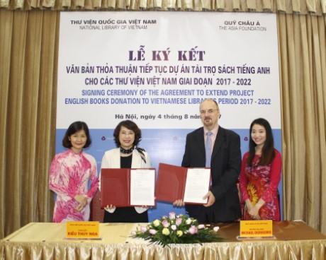 Lễ ký kết Văn bản thoả thuận tiếp tục Dự án tài trợ sách tiếng Anh  cho các thư viện Việt Nam giai đoạn 2017-2022