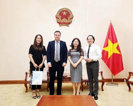 Cục trưởng Nguyễn Phương Hoà tiếp Đại sứ Israel tại Việt Nam Nadav Eshcar